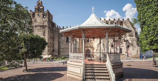 Visita Yuriria Guanajuato