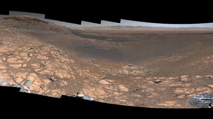 Curiosity মার্স রোভার (95 মিলিয়ন কিলোমিটার দূরের মঙ্গলে মানবজাতির প্রতিনিধি)