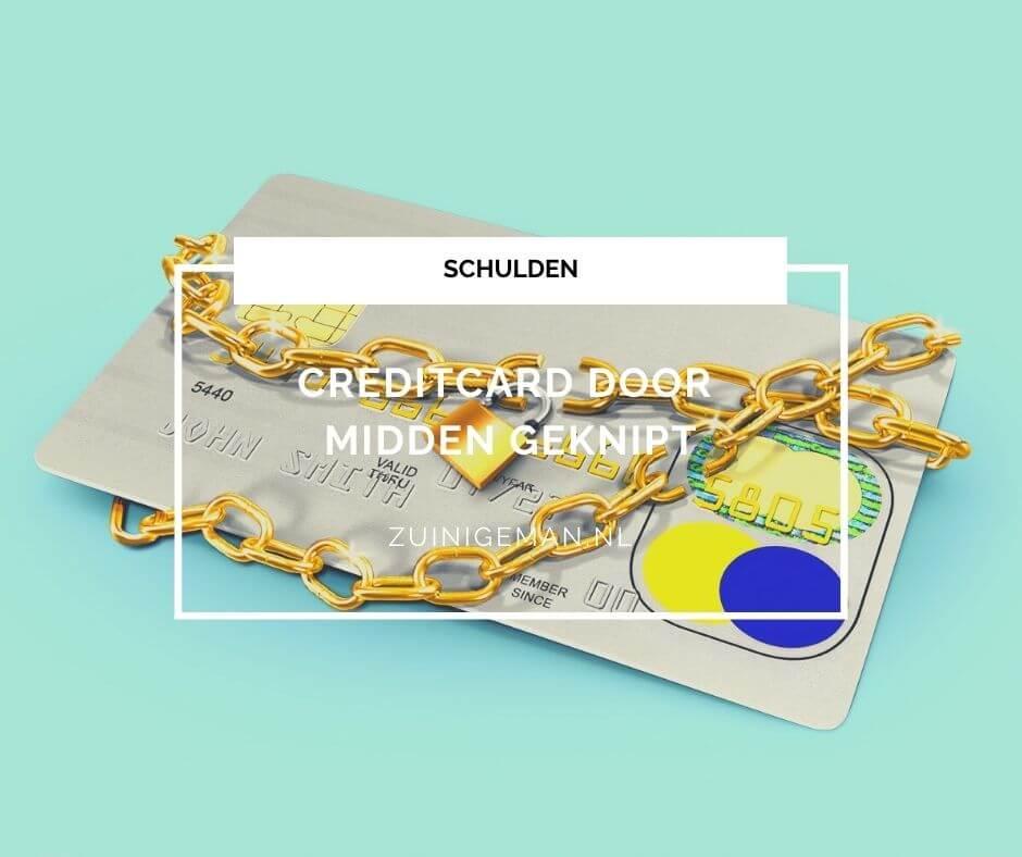 Creditcard door midden geknipt