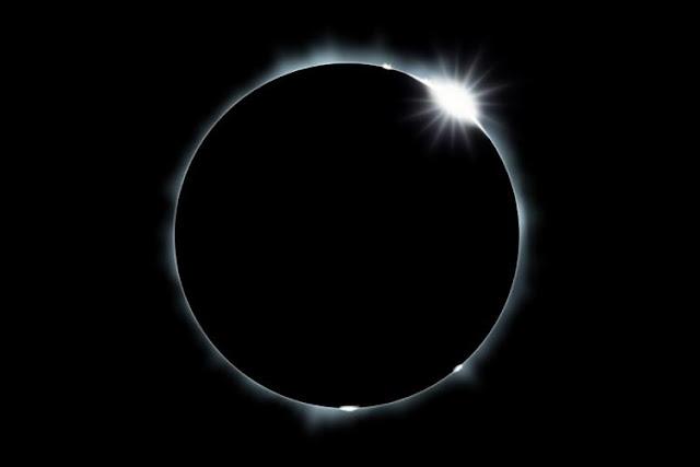"""Η """"μαύρη σελήνη"""" πυροδοτεί σενάρια για το τέλος του κόσμου!"""