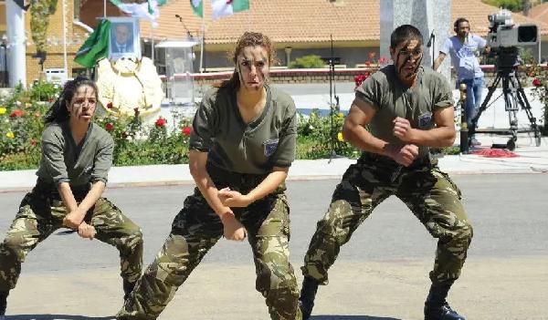 كورونا كوفيد 19 : ضباط الجيش يتبرعون بشهر من رواتبهم