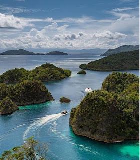 Informasi Terlengkap Seputar Destinasi Wisata Raja Ampat Papua Barat