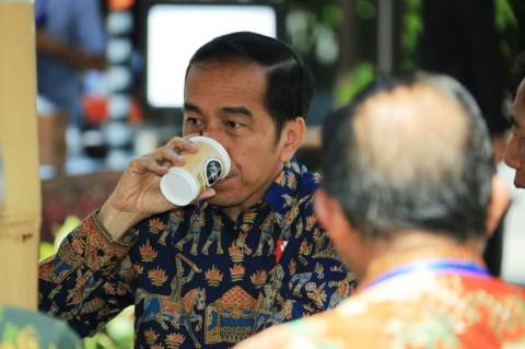 Fadli Zon Bandingkan Utang Era SBY dan Jokowi: dari Rp3.300 T Jadi Rp8.000 T