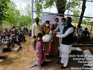 कचलदरा पंचायत 127 परिवारों तक राहत सामग्री एजुकेट गर्ल्स, जनपद पंचायत कार्यालय मेघनगर के माध्यम से वितरण किया गया