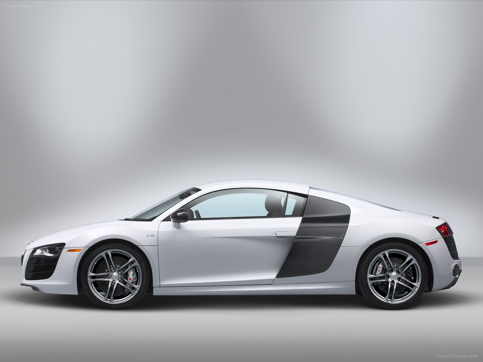 Audi R8 V10 Sport Cars Free Stock Photos