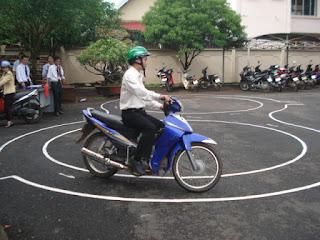 thi bằng lái xe máy a1 tại tphcm