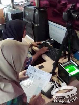 perekaman data dan pencetakan SIM