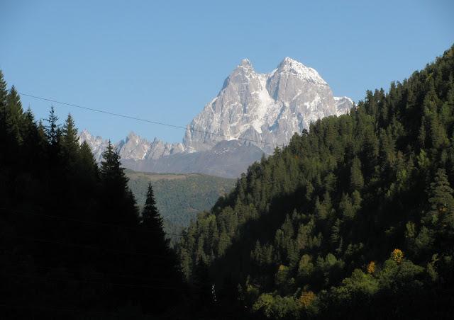гора ушба в грузии
