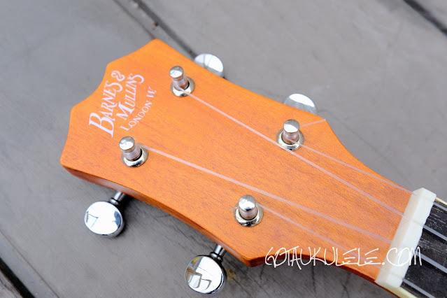 Barnes Mullins UBJ2 Banjo Ukulele headstock