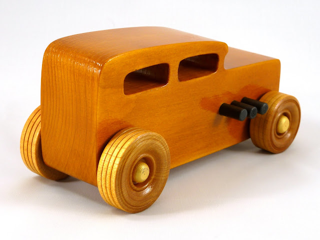 Right Rear - Wooden Toy Car - Hot Rod Freaky Ford - 32 Sedan - Pine - Amber Shellac - Metallic Gold - Black
