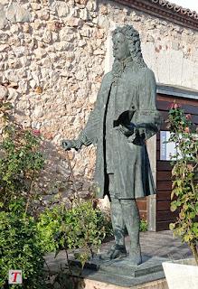 escultura de José de Goyeneche en Nuevo Baztán