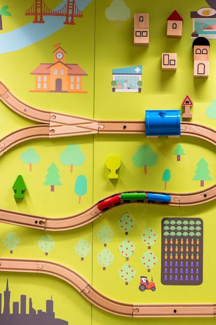 Multicolored Train Set | Photo by Jason Leung via Unsplash