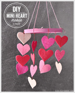 diy mini heart mobile