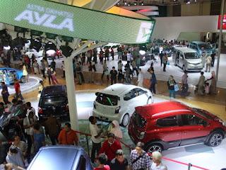 Mengulas 4 Keuntungan Membeli Mobil Saat Pameran Otomotif