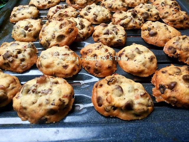 Kue Kering Kismis dengan Choco Chips - Cookies dengan rasa nano