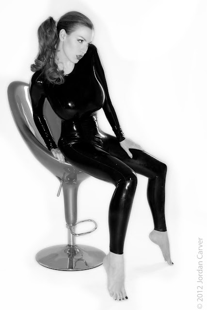 Jordan-Carver-Sandine-Hot-Photoshoot-in-Catsuit-356324