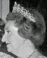 pearl diamond loop tiara cartier spain queen maria christina countess barcelona mercedes