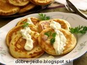 Syrové lievance s pórovo-syrovou omáčkou - recept