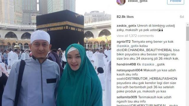 Zaskia Gotik Umroh, Lihat Baju yang Dikenakannya, Bikin Geger Netizen