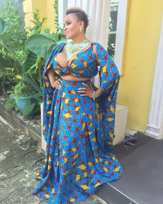 Cossy Ojiakor and her massive boobs step out in Ankara on her birthday