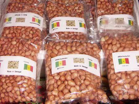 Arachide, économie, commerce, production, cuisine, pâtisserie, Guerte, thiaf, grille, sel, sec, plat, LEUKSENEGAL, Dakar, Sénégal, Afrique