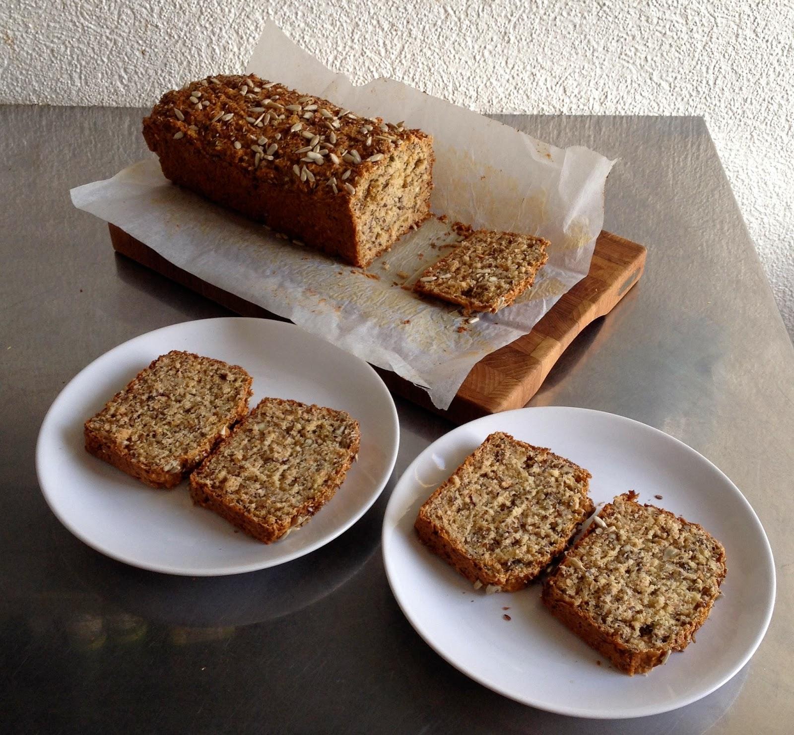 Laura's Gourmandises: Multigrain spelt bread without yeast