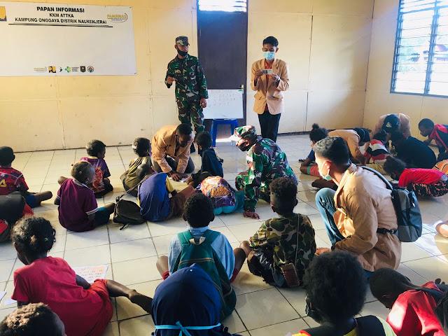 Gandeng Mahasiswa Unmus, Satgas Yonif 125 Berikan Pelajaran Kepada Anak-Anak Perbatasan