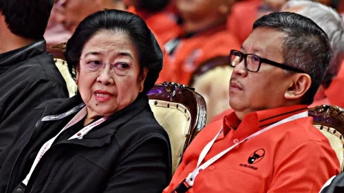 Mbak Mega Sodorkan Kang Mas Hasto jadi Capres 2024?