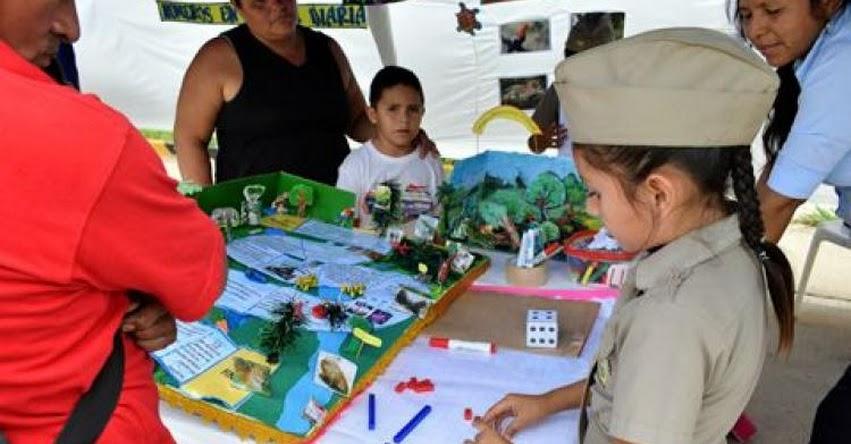 Estudiantes demostraron sus capacidades y habilidades con trabajos presentados en «El Día del Logro» organizado por la UGEL Tambopata en Madre de Dios