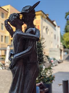 The Kiss statue in Bassano del Grappa.
