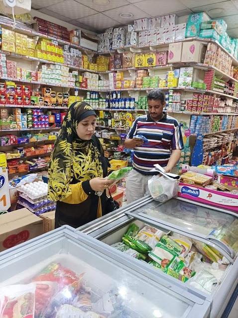 حماية المستهلك بسوهاج تضبط سلع غذائية وأسماك مملحه فاسده فى حملة بالمنشاه