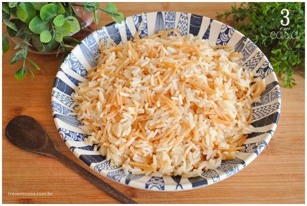 receita de arroz com aletria