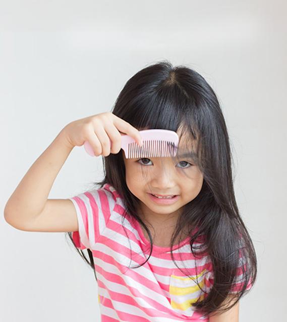 اسباب تساقط الشعر عند الاطفال وكيفية علاجة