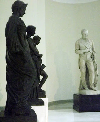 esculturas expostas no Museu de Soares dos Reis