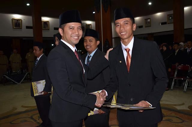 Bupati Emil Dardak Kembali Melantik 127 Pejabat  Administrasi di Lingkup Pemkab Trenggalek