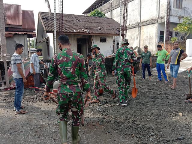 Kompak, Babinsa Posramil 05/PC Bersama Warga Bangun Masjid Di Wilayah