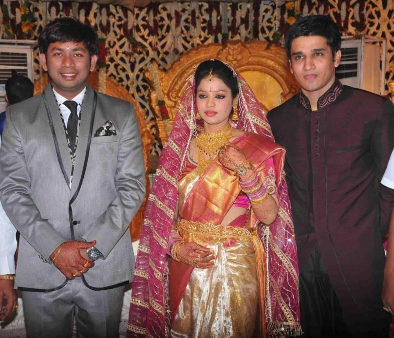 nikhil arya married