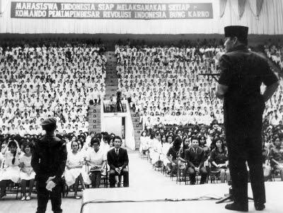 Ir. Soekarno di depan para Pemuda Indonesia (dok/hariansejarah.id)
