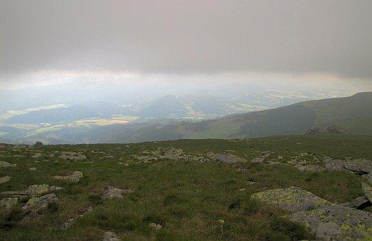 Dolina Hronu ze stoków Stredniej holi.