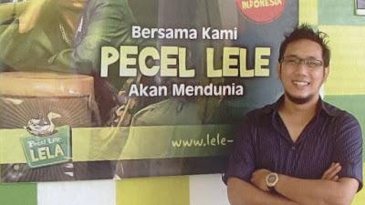 Biografi Rangga Umara, Pecel Lele Lela