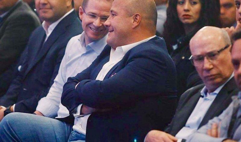 Enrique Alfaro candidato de Movimiento Ciudadano enriqueció a su papá y a su hermano con 60 mil casas en Tlajomulco.