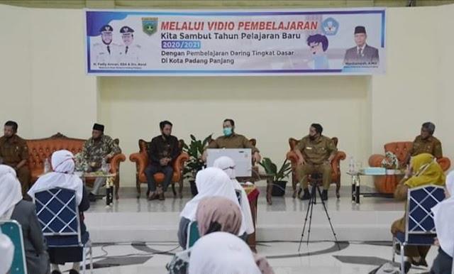 Pembukaan Tahun Ajaran Baru Wako Padang Panjang Launching Video Pembelajaran