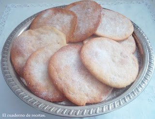 http://elcuadernoderecetas.blogspot.com.es/2013/02/tortas-de-aceite.html
