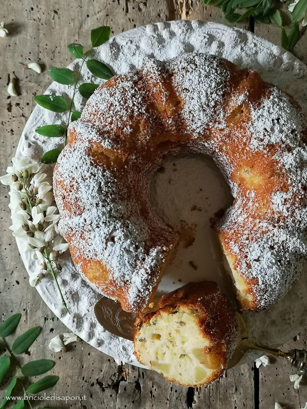 torta con fiori di acacia e mele