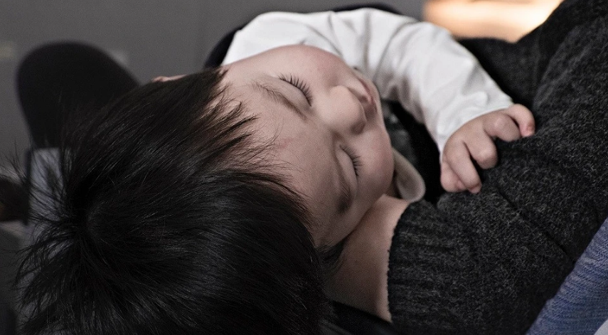 How much should a child sleep per day: a table of children's sleep rates by months