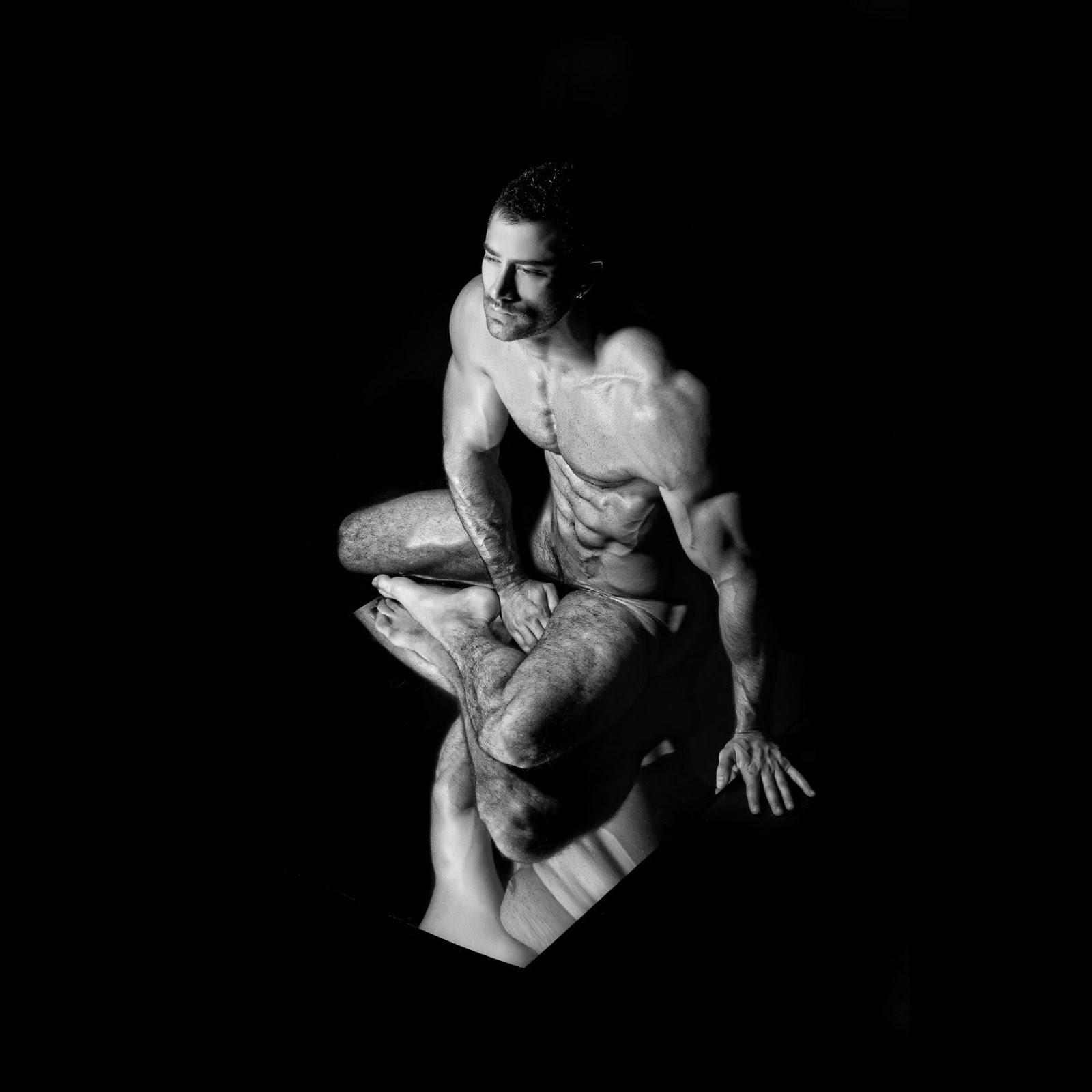 DarK and BeautY, by Joan Crisol ft Jonathan Guijarro