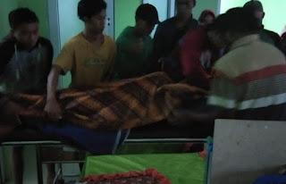 Besi Bantalan Menyentuh Kabel Telanjang, Seorang Tukang Batu Meninggal Tersengat Listrik