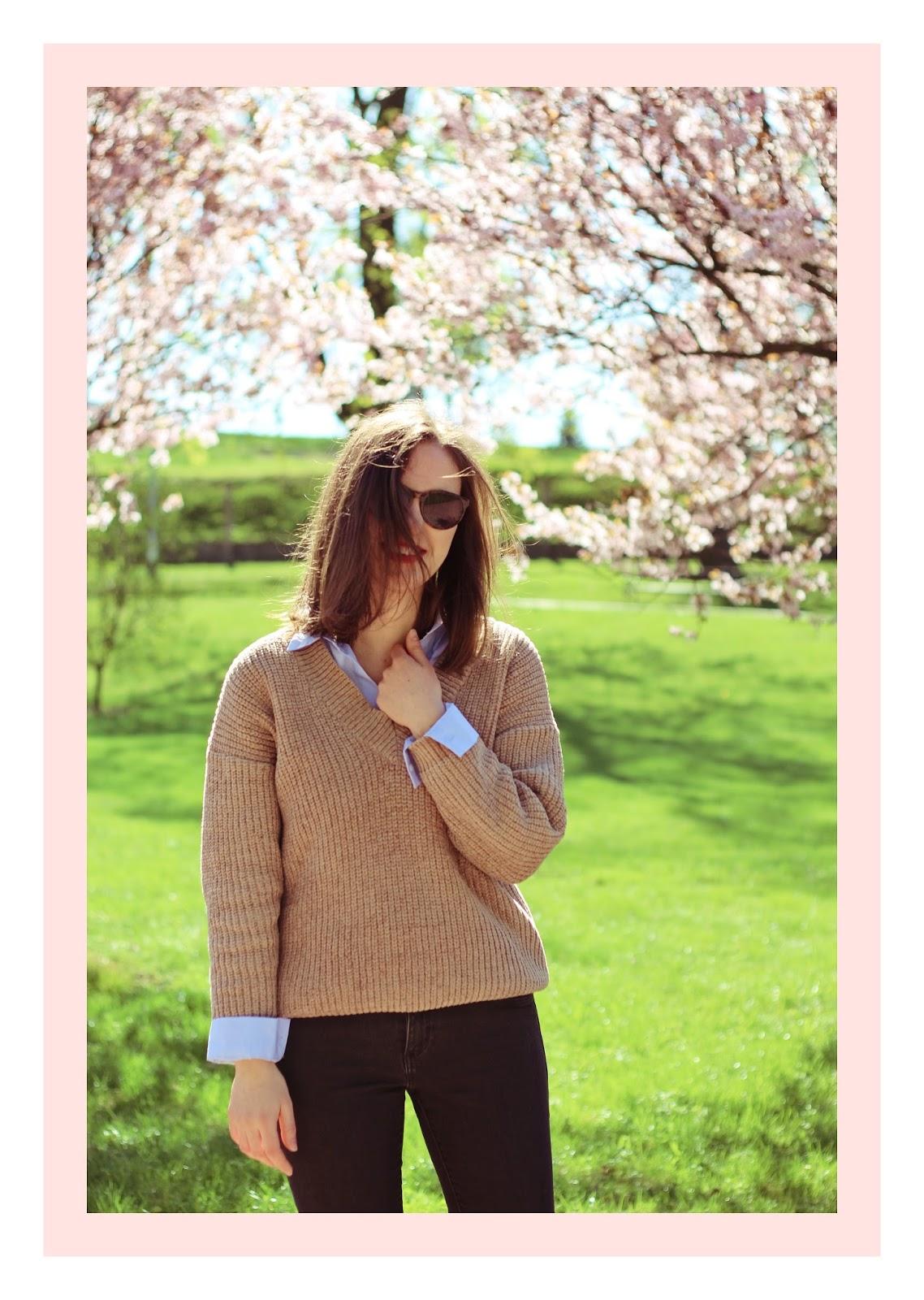 #OOTD: Spring blossom (beżowy sweter, czarne dżinsy i Conversy)