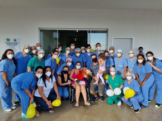 Vendedora tem alta após 46 dias internada no Hospital Estadual de Luziânia