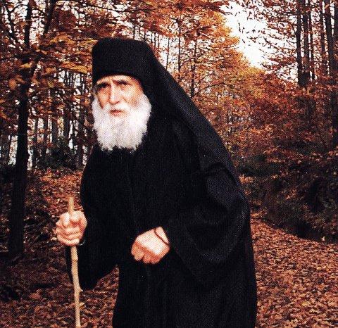 """Η ΣΥΓΚΛΟΝΙΣΤΙΚΗ ΠΡΟΦΗΤΕΙΑ του Παίσιου: """"Θα χυθεί πολύ αίμα όταν οι Ρώσοι κατακτήσουν την Τουρκία! Τότε οι Εβραίοι θα…"""""""